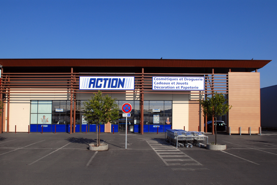 Cr ation d 39 un ensemble commercial ayant permis l for Horaire decathlon provins